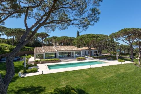 Capon-Saint-Tropez-Dream-Houses-P3054-2