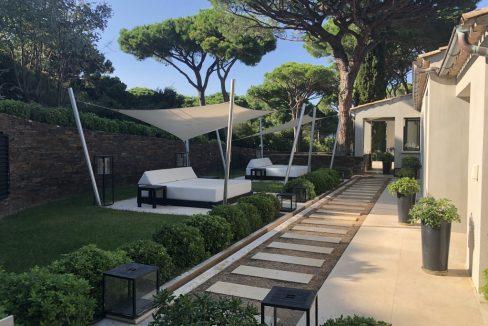 Capon-Saint-Tropez-Dream-Houses-P3054-6