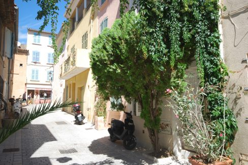 Maison-Village-Saint-Tropez-Dream-Houses-A605MV-1