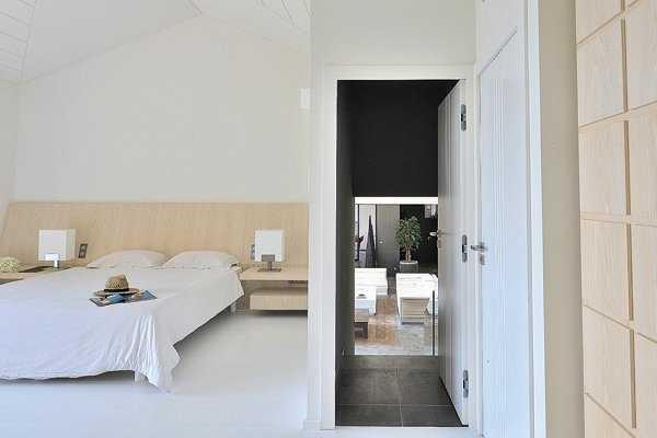 Route-Tahiti-Saint-Tropez-Dream-Houses-P3024-11