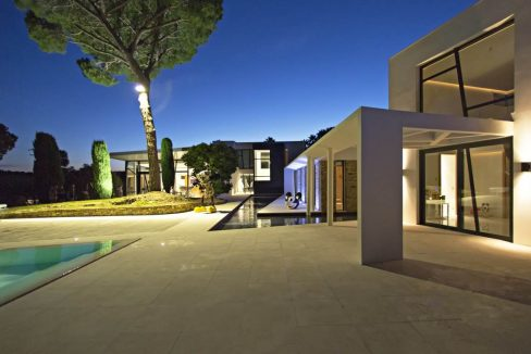 Tahiti-Pinede-Saint-Tropez-Dream-Houses-P3018-7